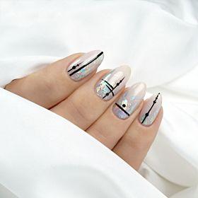 Wzorek paznokciach czarny na Smoke Nails