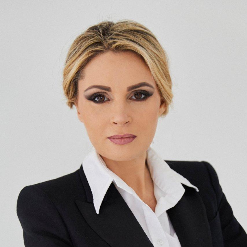 Sylwia Gołębiewska prowadząca programu Kosmetyczne Rewolucje